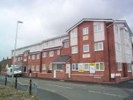 2 bed Ground Flat in OLIVER LANE...