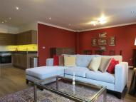 3 bedroom Apartment in Sutherland Avenue...
