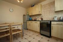 Apartment to rent in Addlington Road, Bow