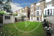 3 bedroom Apartment in Belsize Park Gardens...