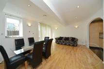 Flat in Sydney Road, Enfield...