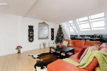 Flat in Brook Road, London, NW2