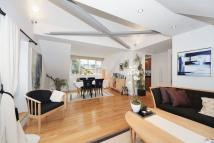 3 bedroom Flat in Prince Arthur Mews...