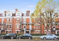 3 bed Flat in Castellain Road...
