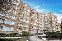 Flat to rent in Prince Albert Road...