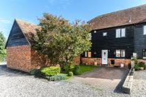 3 bed semi detached house in Offlands Court...