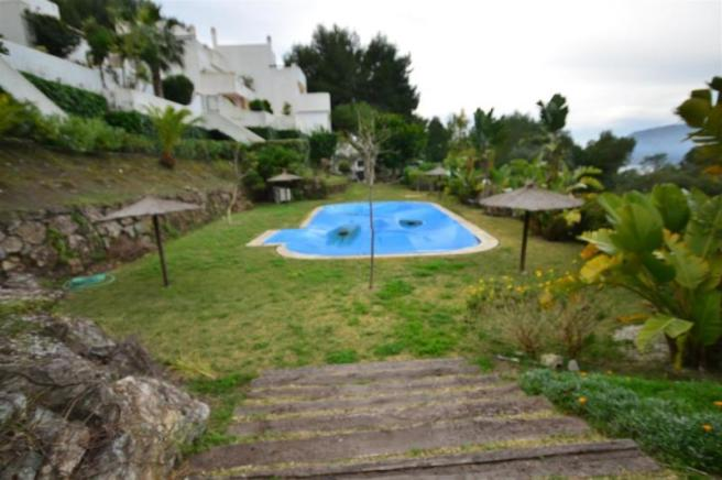 Communal pool & facilities only for 10 houses