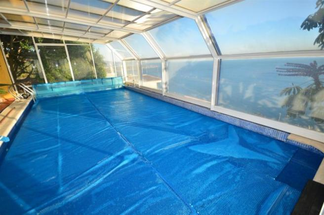 Come and enjoy this nice private, heated pool