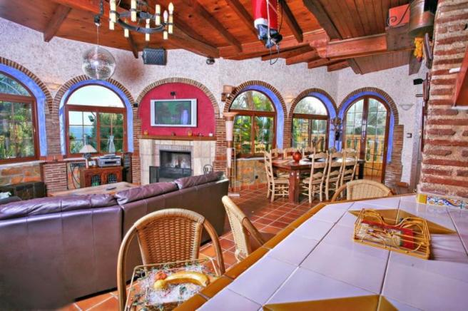 Family room is perfect for parties with bar area