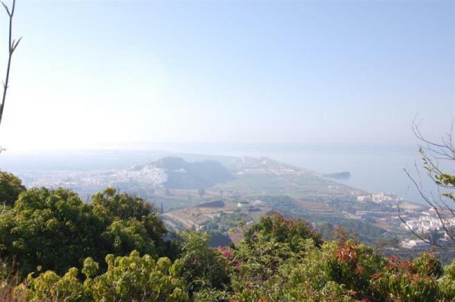 Fantastic view to Moorish castle & Salobrena