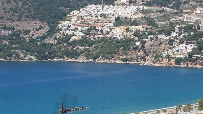 Apartment walking distance to beach & restaurants