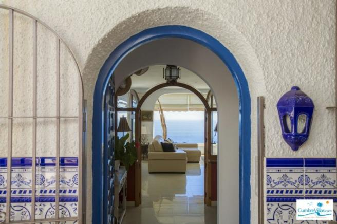 Inviting entrance to this Andalucian villa