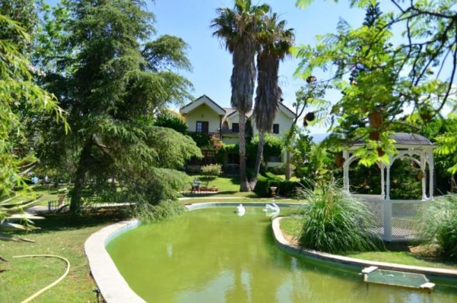 Villa for sale in Motril with great sea view