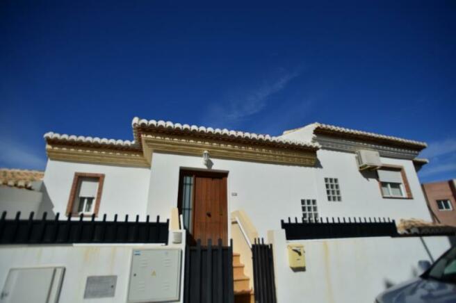 Town house for sale in La Herradura