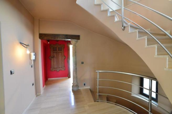 entrance hall with blend of styles
