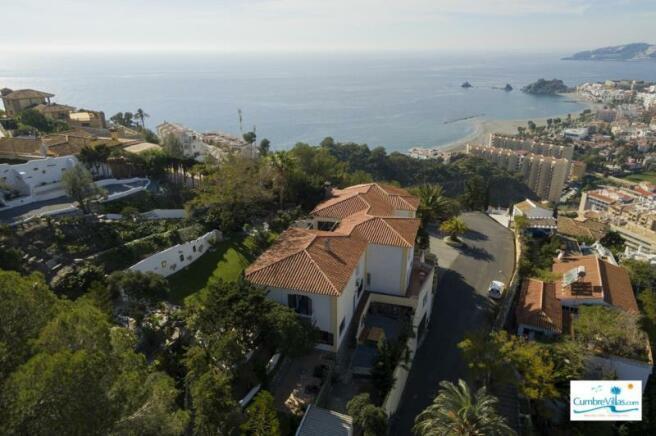Villa for sale in Almuñecar, costa Tropical