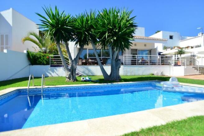 Amazing villa with private pool, garden&sea views