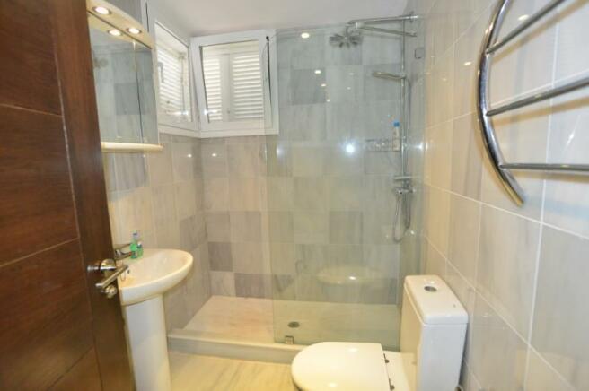Bathroom of the twin room