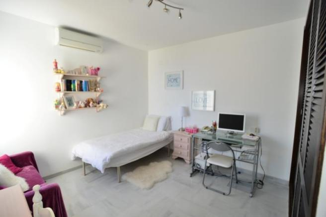 Bedroom 5 with built-in wardrobes
