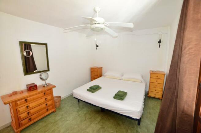 Spacious bedroom