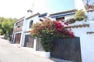 House for sale in Salobrena with great sea view