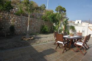 Come & enjoy this fabulous sea villa