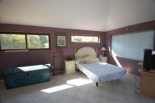 bedroom with sea view, en suite & terrace