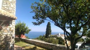 Amazing views to the sea from the property