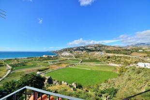 Sea view in this house for sale in Salobrena