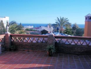 Villa for sale in Salobreña with private pool