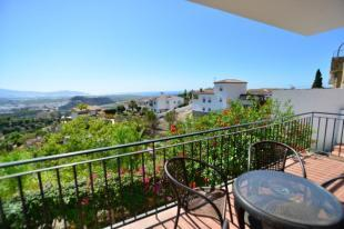 View to sea & Moorish castle from living room