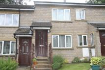 2 bedroom Ground Flat in Cherry Lea Court, Rawdon...