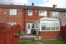 Terraced house in Spen Approach, Leeds, ...