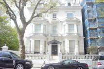 3 bed Apartment to rent in Holland Park, W11
