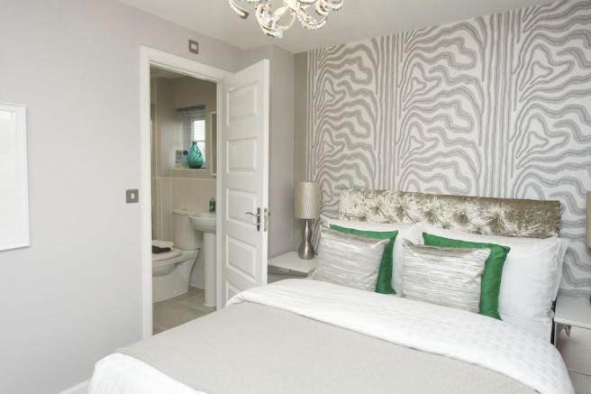 Falmouth master bedroom with en suite
