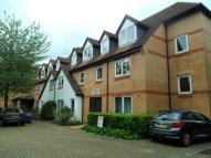 Flat in Friern Watch Avenue...
