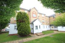 Flat to rent in Clarence Close...