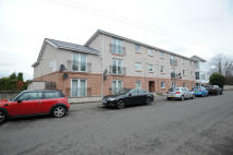 2 bed Flat to rent in 180 Dukes Road, Glasgow...