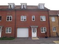 Town House for sale in Reams Way, Kemsley...