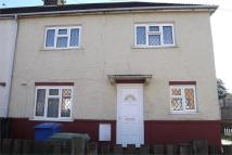 Middletune Avenue End of Terrace house to rent
