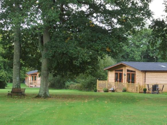 2 Bedroom Log Cabin For Sale In The Royal Oak Country Park