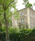 Flat to rent in Beaufort Road, Clifton...