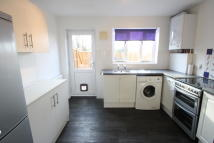 2 bedroom End of Terrace property to rent in TILBURY