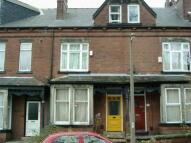 Terraced property in HEADINGLEY MOUNT, Leeds...