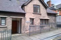 2 bedroom house in Upper Clwyd Street...