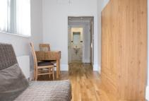 Studio apartment to rent in CLEVELAND GARDENS...