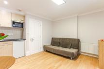 1 bedroom Flat to rent in CLEVELAND GARDENS...