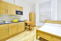 Studio flat to rent in CRAVEN HILL GARDENS...
