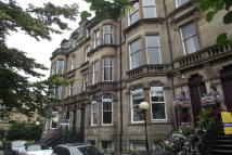 1 bedroom Flat to rent in Queens Drive, Queens Park