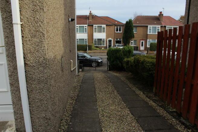 3 car driveway
